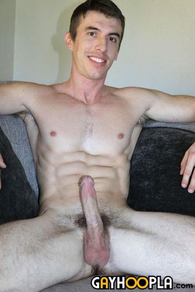 GH - Rugged New Handsome Model Joel Gordo Jerks Off