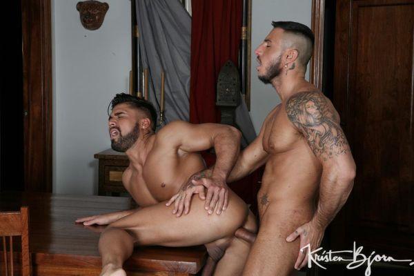 KB_-_Boyfriends_-_Dann_Grey___Klein_Kerr.jpg
