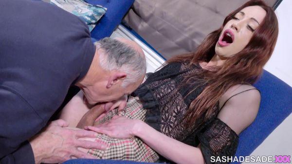 Sasha de Sade - Visiting Grandpa Nursing Home Roleplay (SashadeSade.xxx/FullHD/2019)