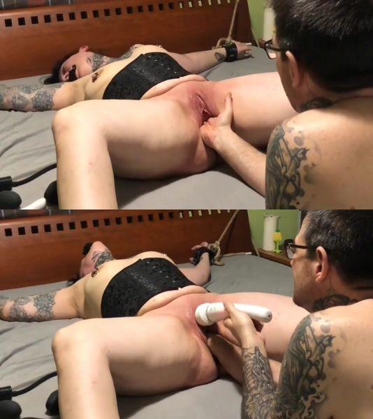 Sicflics: Amateur - Intense fist fucking orgasms - 13.03.2019 (HD/2019)
