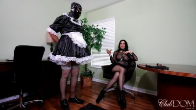 Clubdom – The Introduction, Part of 1 of Sociopathic Tendencies – Raven Eve