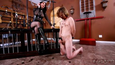 Clubdom – Temptress & Raven Eve Jerk Off