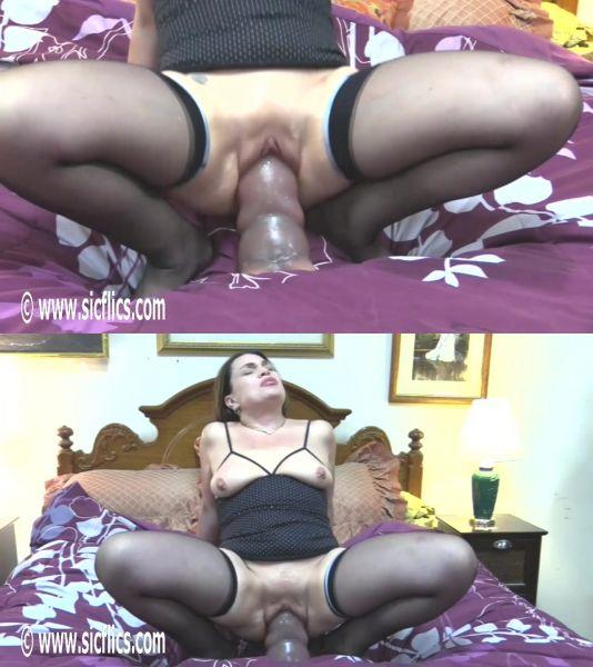 Tabby - Tabby wrecks her XXL pussy (25.03.2019) [HD 720p] (Sicflics)