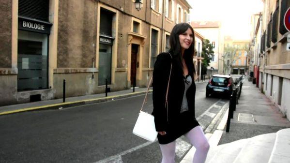 Sophie - Sophie, 25ans, une aixoise discrete mais canon - 29.03.2019 [FullHD 1080p] (JacquieetMichelTV)