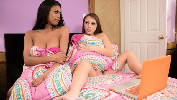 Nia Nacci and Gia Derza - Playing Innocent