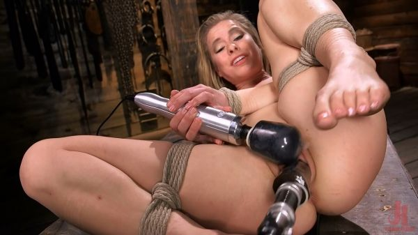 Lilly Lit - Petite Slut Lilly Lit Gets Machine Fucked in Bondage
