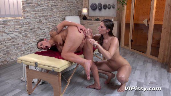Jenifer Jane and Nicolette Noir - Sexy Massage