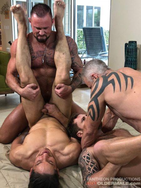 HOM - Desert Daddies 4 Way - Dallas Steele, Joey Milano, Michael Roman, Riley Mitchell