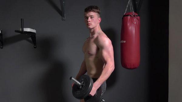 EB - Seth Law - Muscle Flex - Casting 22