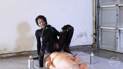 KinkyMistresses – Dirty, Kinky Fun In The Garage – Mistress Adina