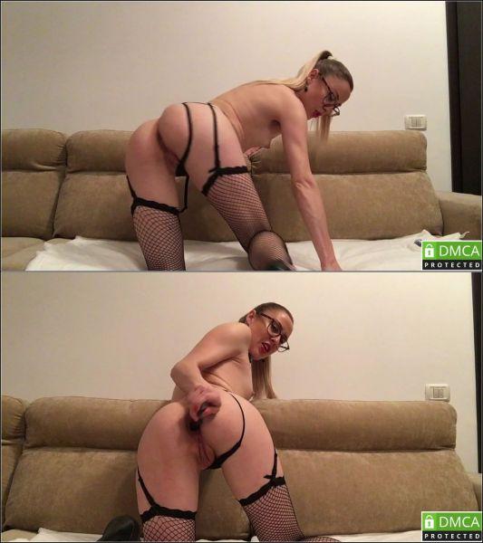 EleanorWild - Gentle anal fuck [HD 720p] (M@nyVids)