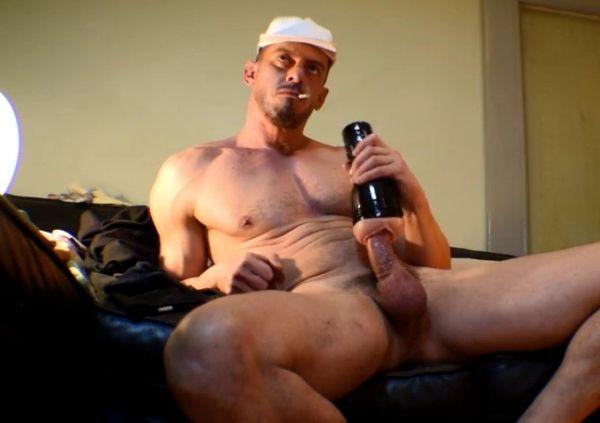 KG - Nico, str8 masculine guy on cam