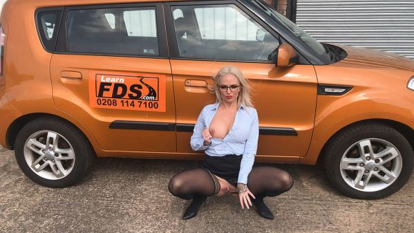 FakeDrivingSchool: Louise Lee - Finger blasting squirting orgasms (17.06.2019) (FullHD/2019)