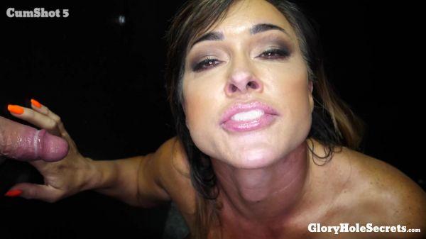 Aubrey Black - Aubrey B's First Gloryhole Video (14.06.2019) [FullHD 1080p] (GloryHoleSecrets)