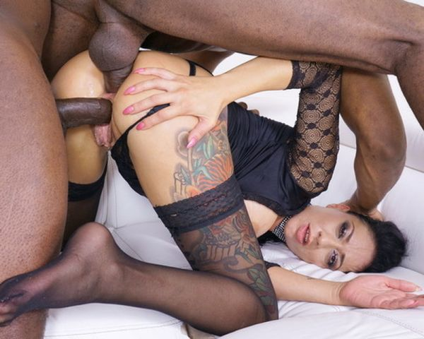 Morgan XX - Morgan XX goes kinky and gets wet in all senses IV320 [HD 720p] (LegalP0rno)