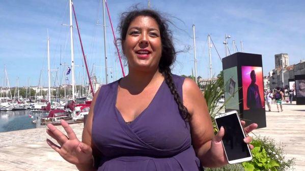 Cassie - A La Rochelle, Cassie, 30ans, batifole (31.07.2019) [FullHD 1080p] (JacquieetMichelTV)