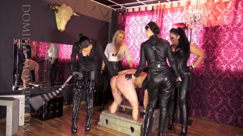 Four_Ladies_Four_Whips_03.mp4.00143.jpg