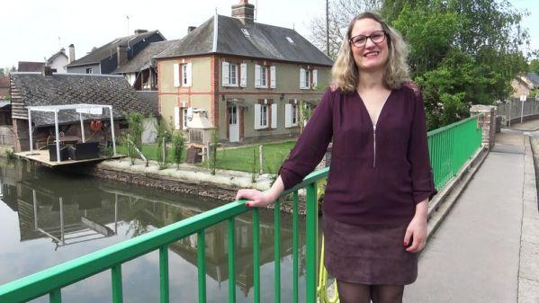 Dominique - Bien entouree, Dominique, 40ans, peut enfin gouter a la double (11.08.2019) [FullHD 1080p] (JacquieetMichelTV)