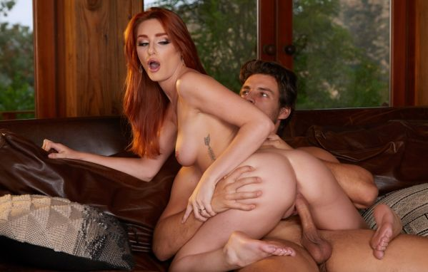 Michelle Miller craves attention and cock 4k