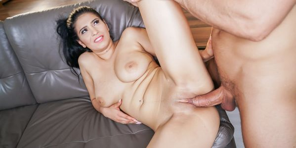 Ava Black - Bounce Jiggle and Bang