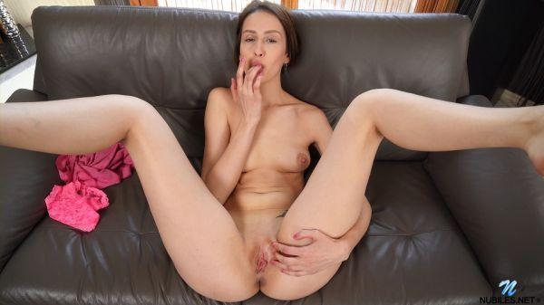 Jessika - Pussy Play