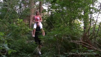Clubstiletto – Mistress Kandy – Her Pack Mule