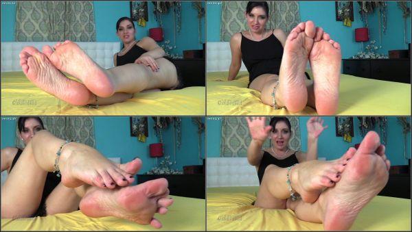 Homewrecking Feet [FetishMania] Sarah DiAvola (1080p)