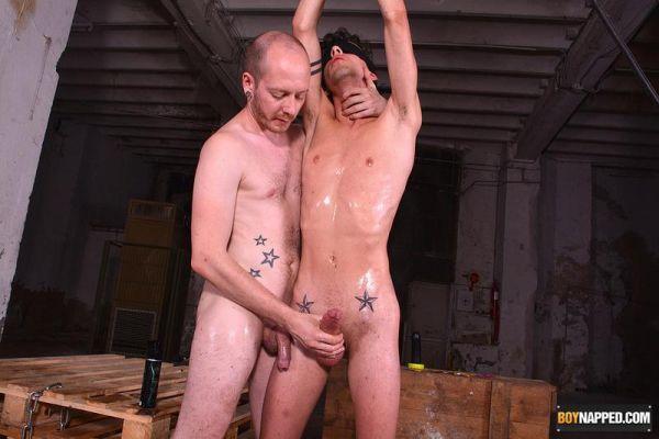 BN_-_Two_Twink_Boys_In_Service_Part_3_-_Jesse_Evans___Sean_Taylor.jpg