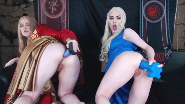 XandriaGoddess, DollFaceMonica - Daenerys and Cersei filling up all holes (FullHD/2019) by Dildo