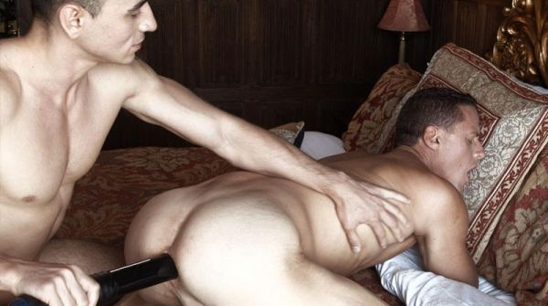LR - Nigel Banks Fucks Ivan Gregory With A Huge Black Dildo
