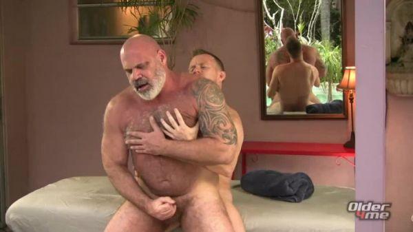 Older4Me - Bear Daddy Got Blasted - Tony Da Rimma & Jay Conrad