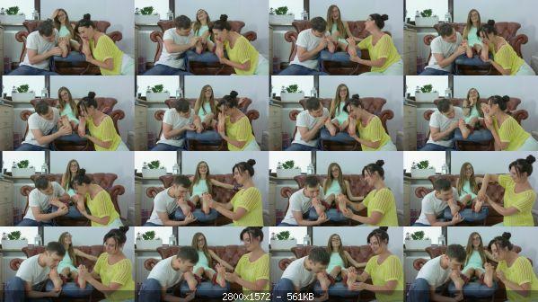 Tickling_31-Larisa_-_Tickling_And_licking_Duo.jpg