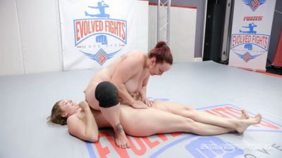 EvolvedFightsLesbianEdition – Bella Rossi vs Stephie Staar