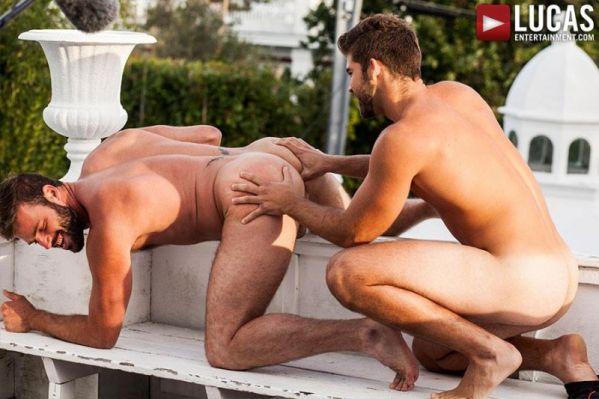 LE - Xavier Jacobs Begs For Jonah Fontana's Cock