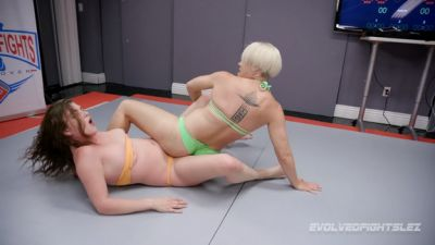 EvolvedFightsLesbianEdition – Helena Lock vs Remy Rayne