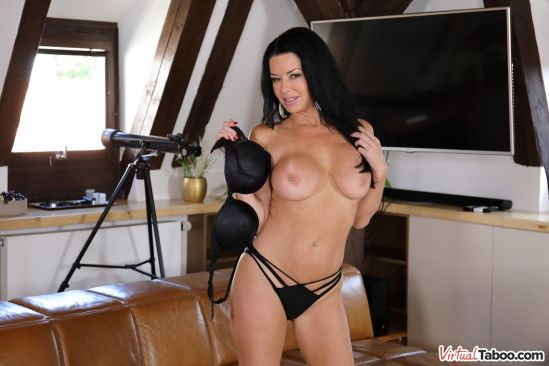 In Love With Veronica Avluv - Gear Vr 60 Fps