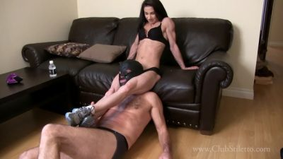 Clubstiletto – Between the Legs of his Muscle Goddess