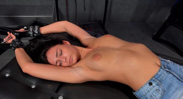 Extra Ticklish Leanne On Rack