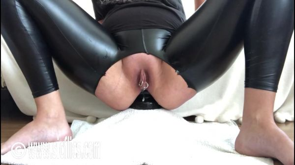 Sicflics: Nikoletta - Nikoletta wrecks her XL ass (13.10.2019) (HD/720p)