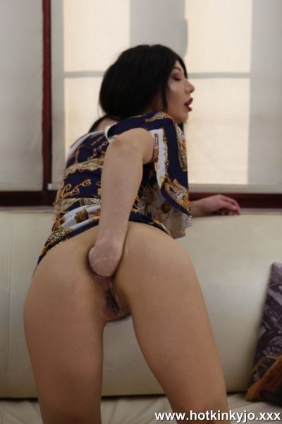 Hotkinkyjo.XXX: Hotkinkyjo - Lovely Hotkinkyjo fist her ass and push it open for us all (20.10.2019) (FullHD/1080p)