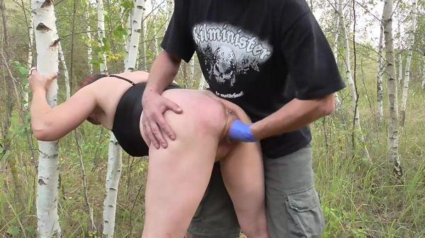 Amateur - Fist my loose cunt in public (25.10.2019) [HD 720p] (Sicflics)