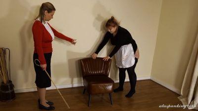 Wellsmackedseat – Maid Desiree 4
