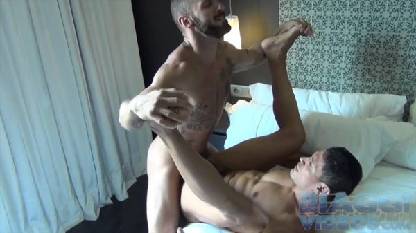 BV -Antonio Miracle fucks some Colombian ass