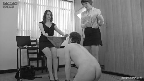 Panty_Sniffing_Pervert_Humiliated.mp4.00150.jpg