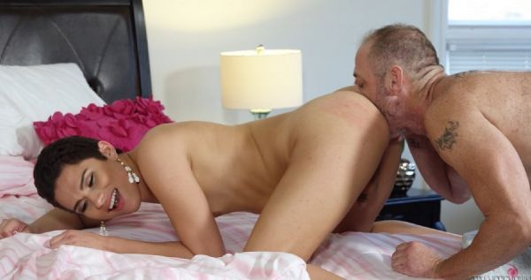 My TS Stepmom 03 - Craving His Cock