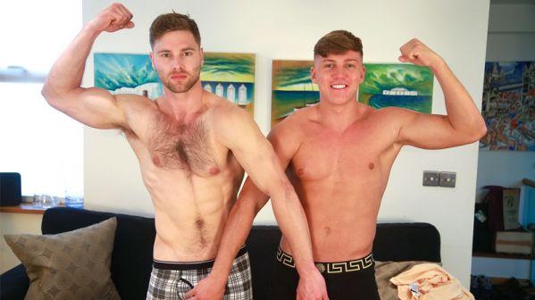 ELs - Tom Lawson and Jarvis Knight - Bonus Video of Photoshoot