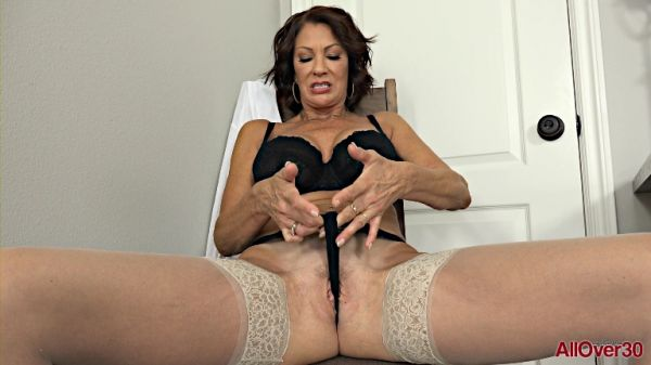 Vanessa Videl - Mature Pleasure