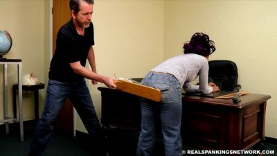 RealSpankingsNetwork – Cupcake is Paddled by The Principal