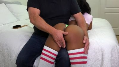 Introducing the beautiful Ivy Sherwood – OTK Spank and Pet